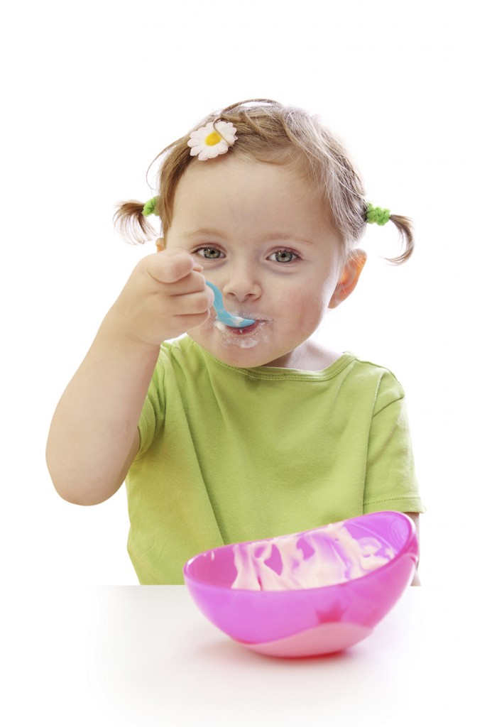 toddler eating